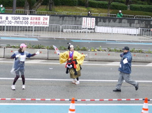 北九州マラソン仮装ランナーもいっぱい