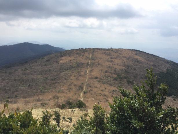 牛斬山へ続く稜線