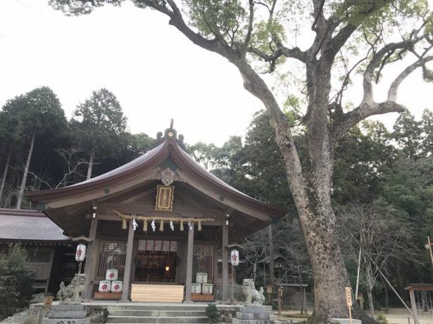 初竈門神社